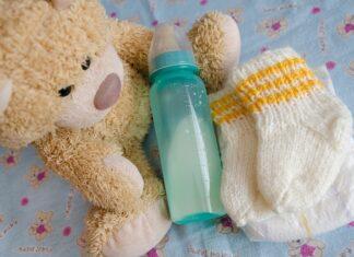 misiu i butelka dla dziecka