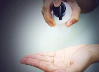 szampon wyciskany na rękę